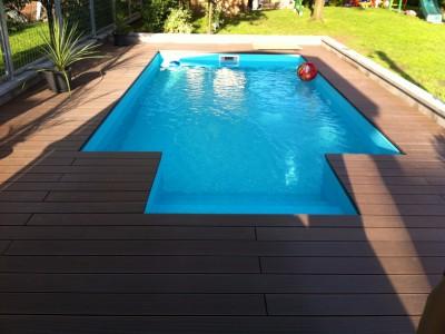 Realizacia terasy okolo bazéna